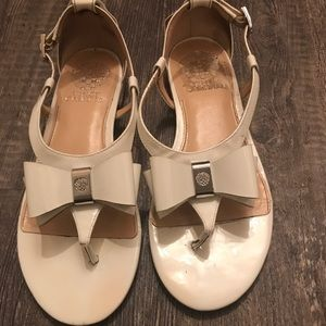 Vince Camuto white patten leather Flats. Size 7